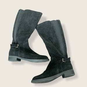 Blondo Zip Up black suede boots size 7.5